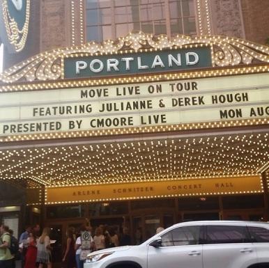 """What's better than seeing Julianne and Derek Hough live?! SO AMAZING."" - Portland, Oregon - August 3, 2015 Courtesy sjdavis5 IG"