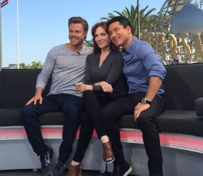 """So excited for @TheRealMarilu & @derekhough on @DancingABC! New season scoop tonight on #ExtraTV! #DWTS"" - August 30, 2016 Courtesy extratv twitter"