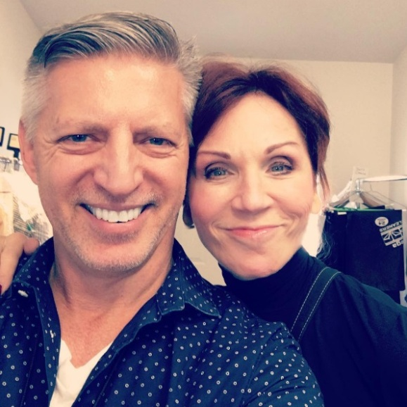 """Working together again with the cute @therealmarilu #EveningShade #DWTS23 #MariluHenner #SoMuchFun"" - September 29, 2016 Courtesy ericjayvw IG"