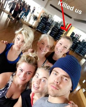 """Fitness with the fam. Too many women in my life #family"" - December 28, 2016 Courtesy derekhough IG"