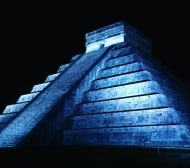 """Chichen Itza by night. #chichenitza #mexico #travel #7wonders #adventure"" - December 15, 2016 Courtesy markpulse IG"
