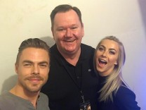 "johnfuthey: ""Amazing getting to meet Julianne and Derek in their dressing room before the show. Incredible talent but more important the nicest people! #juliannehough #derekhough #chicagotheater #dwts #dancingwiththestars #jfbackstage #moveliveontour #movebeyond"""