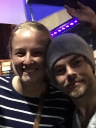 """Mo met Derek last night! A class act greeting fans in the pouring rain! Thanks for making her dream come true! @MoveLiveOnTour @derekhough"" - Move Beyond - Lancaster, Pennsylvania - April 29, 2017 Courtesy KarenTCincy twitter"