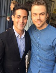 """Ran into #DWTS superstar @derekhough! You'll see him perform tonight on @abc15! He's coming to Phoenix June 10th"" - April 3, 2017 Courtesy NickCiletti twitter"