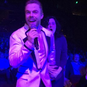 """#inshock #movebeyondliveontour #movebeyond #moveliveontour #derekhough #juliannehough #hepickedme #mgmnationalharbor #myfacesaysitall #motionequalsemotion @derekhough @juleshough"" courtesy lindseydee421 ig"