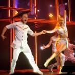 """""""Move Beyond Tour!! 🙌🏼🙌🏼 #movebeyondtourraleigh #movebeyondtour #movebeyond #dancingwiththestars #juleshough #juliannehough #derekhough @juleshough @derekhough"""" courtesy tswiftborn1989 ig"""