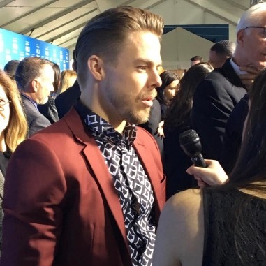 """#WorldOfDance judge Derek Hough chats with press on the NBC upfronts red carpet. 🕺 #nyc #redcarpet #television #celebrities #upfronts2017 #upfronts #nbc #derekhough #dance #event"" Courtesy tvguidemagazine ig"