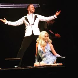"""@derekhough @juleshough #moveliveontour #movebeyond Such an amazing show!!!! 💃❤️"" Courtesy aperry520 ig"