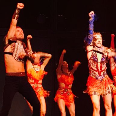 """Amazing Show! So Blessed to have them in Ames Iowa! #derekhough #juliannehough #movebeyondliveontour #stephensauditorium"" Courtesy danbrabec ig"
