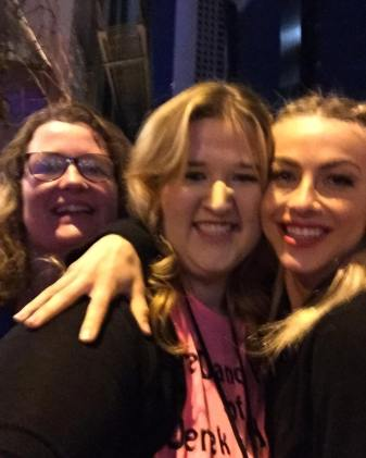 """I LOVE THIS GIRL!!!!! Thank you so much @juleshough for coming to say hi!!!!! #movebeyond #moveliveontour #pinkshirtgirl"" Courtesy cldancer ig"