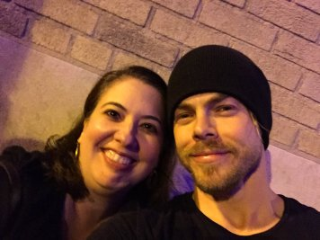 """""""Just me and @derekhough hanging out at the stage door. 😍😍😍 #ATL #MoveBeyondLive @TheFoxTheatre"""" courtesy atleve tw"""