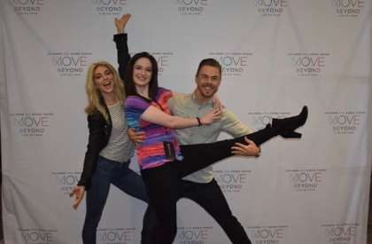 """Here is my official meet and greet photo way better than last time @juleshough @derekhough @moveliveontour"" - Move Beyond - Charlotte, North Carolina - May 10, 2017 Courtesy britni_goad IG"