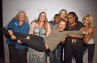 """""""Thank you so much @derekhough & @juliannehough for the group pic! We all became friends because of our ❤️ for you!"""" - Move Beyond - New York - May 6, 2017 Courtesy CurlyBuckeye twitter"""