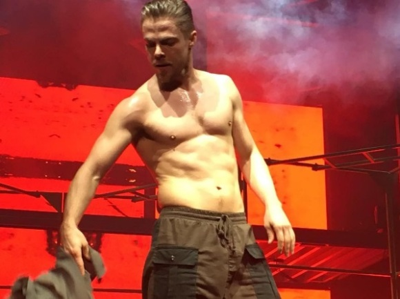 """So this! Yowza! #Movebeyond #Derekhough #amazing"" - Move Beyond - Clearwater, Florida - May 13, 2017 Courtesy ginleighfl IG"