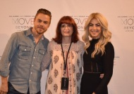 """Thank you @juliannehough and @derekhough for a fabulous show tonight #MoveBeyond #moveliveontour"" - Move Beyond - Boston, Massachusetts - May 5, 2017 Courtesy lisa_amico twitter"