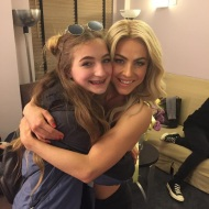 """""""Aunt Jules and Skye before the big show! #movebeyond #family"""" - Move Beyond - New York - May 6, 2017 Courtesy shareewise IG"""