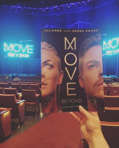 """Excited for the show!! @moveliveontour 💃🏼 #moveliveontour #dwts #ecclestheatre #movelive #VIP"" Courtesy melissa.d.thornton ig"