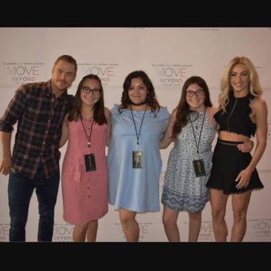 """I can not think of any way better to start off my summer weekend. Going to LA to see #MOVEbeyond tour, which btw was amazing. Getting to take a picture with the people who started the tour was incredible. MOVE beyond was so inspiring and fun. @derekhough and @juleshough and everyone who helped make MOVE beyond happen, did an amazing job."" Courtesy vanessa._.meza ig"