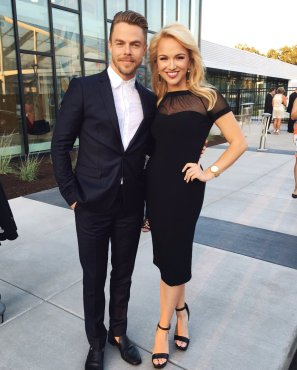 """Loved being a part of such a Grand gala tonight with @derekhough . ✨ #missamerica #epicwmtv #grandopening #savvyshields @SavvyJanine"" Courtesy MissAmerica tw"