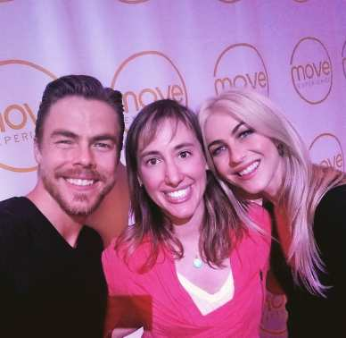 SUCH a great day, thanks @derekhough and @juleshough !! Now let's talk the neuroscience of motion=emotion!! #moveexperience Courtesy digbyns ig